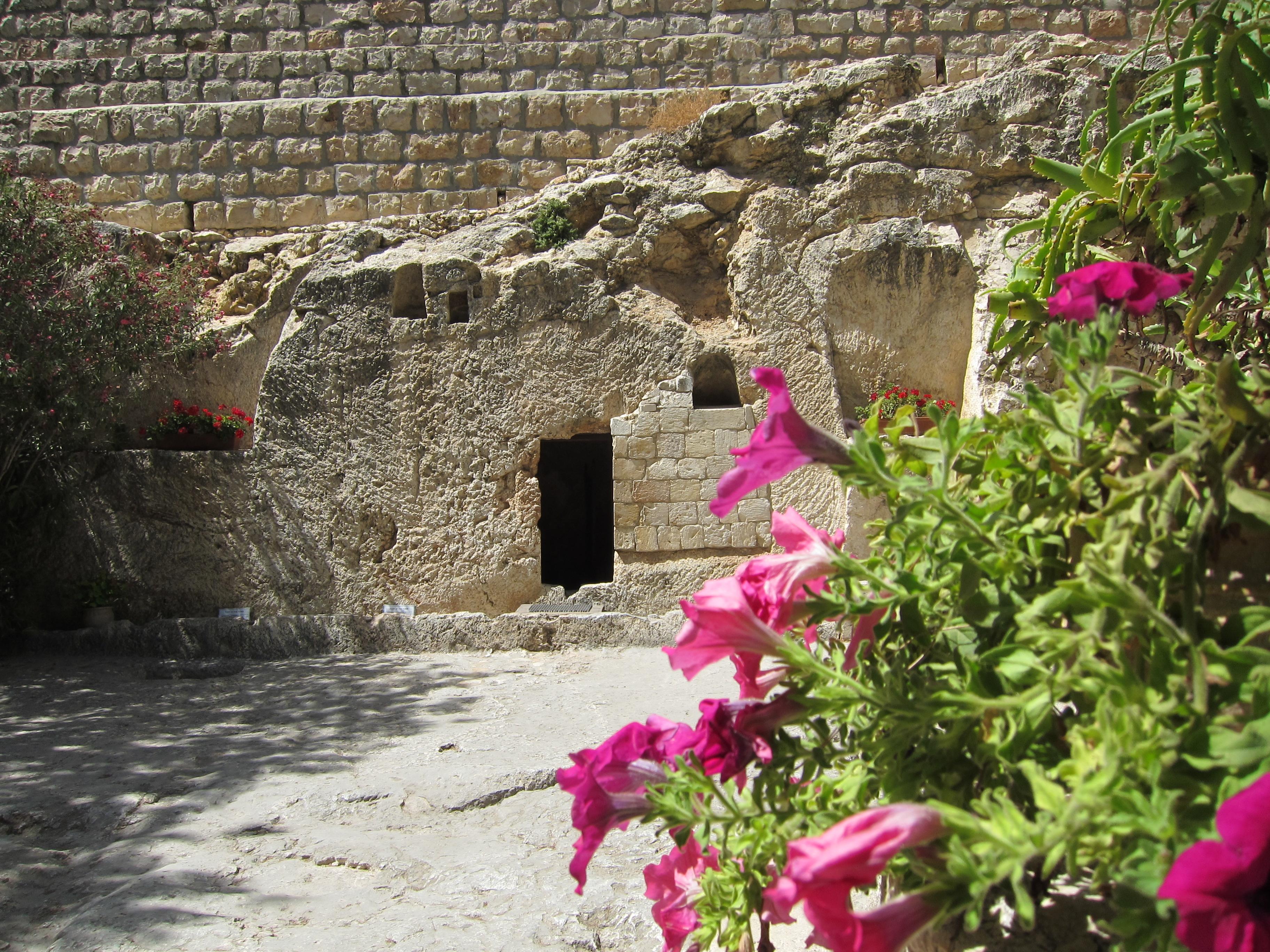 Garden Tomb 1