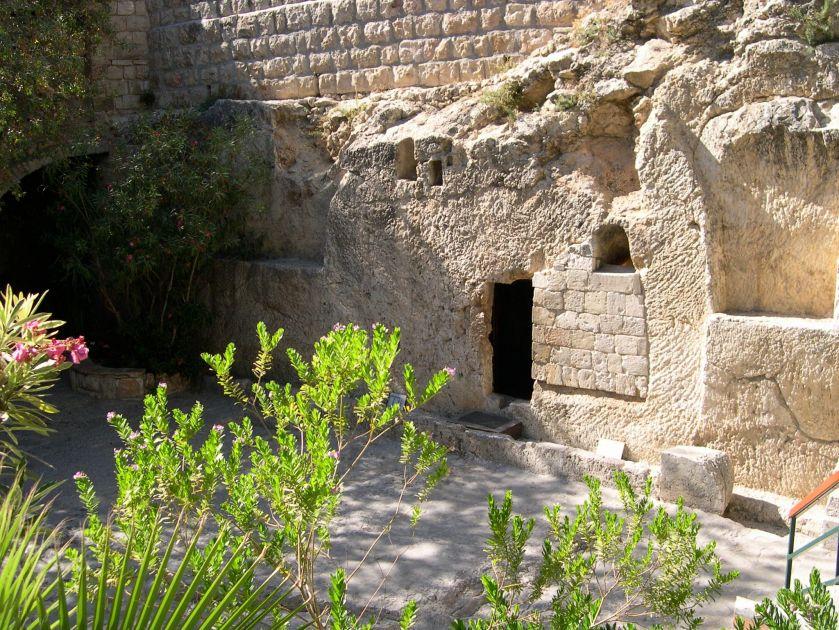 Garden Tomb 7