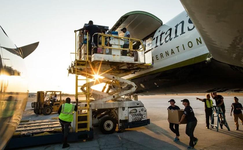 Samaritan's purse plane